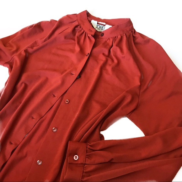 Koret Sweaters - Gorgeous woman's button up shirt top large